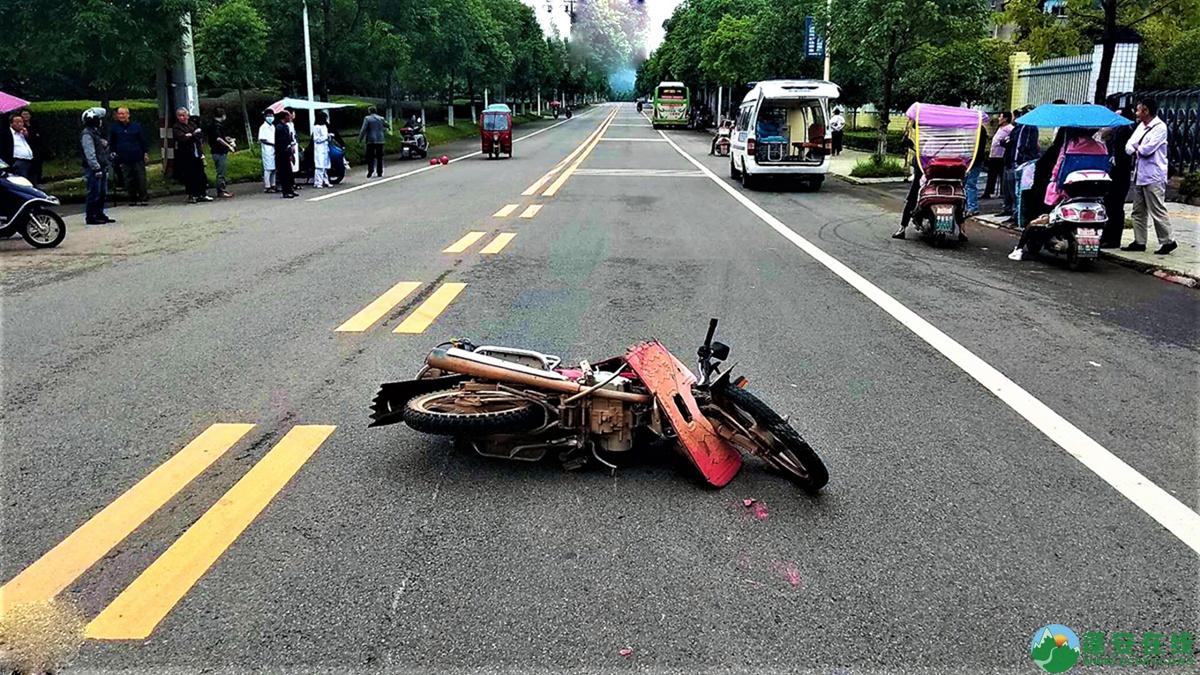 蓬安县河舒工业园区桂花路发生两摩托车相撞 - 第3张  | 蓬安在线