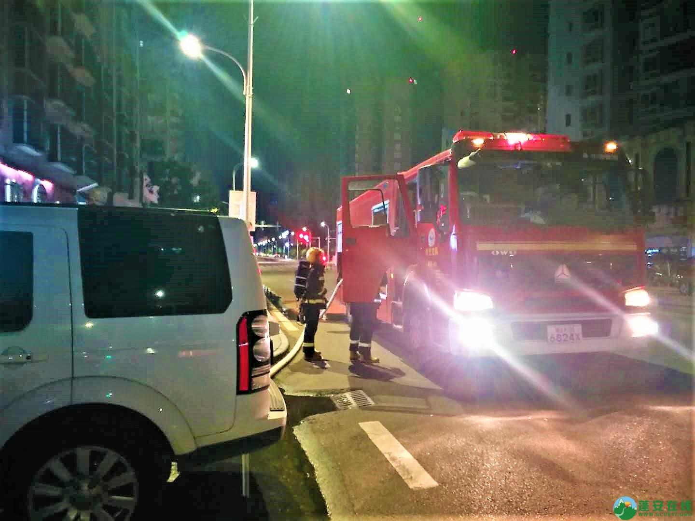 蓬安都市水乡凌晨突发火灾 - 第4张  | 蓬安在线