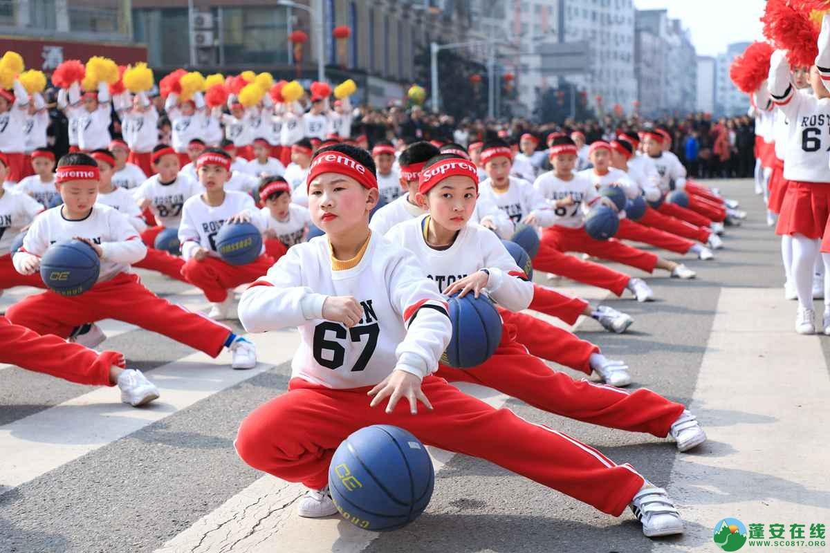 蓬安县2019年迎新春民间民俗街头文艺巡演精彩片段 - 第24张  | 蓬安在线