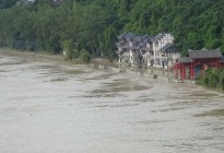 洪水退去后的蓬安县嘉陵江