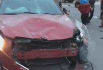 蓬安凤凰大道与棉麻路T字路口发生严重交通事故(2019年2月28日18时)