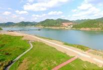 蓬安县锦屏镇湿地公园跑道、纵一道路、干一道工程进度(2018年4月6日)