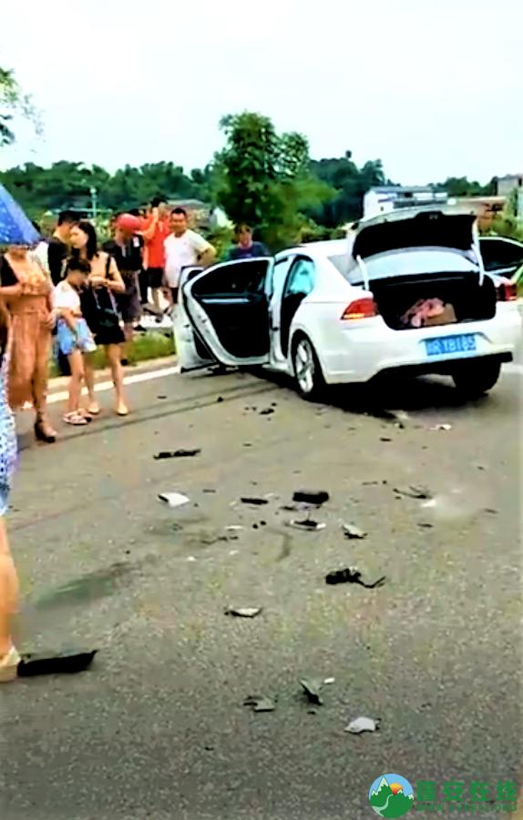 蓬安国道318线发生一起车祸 - 第1张  | 蓬安在线