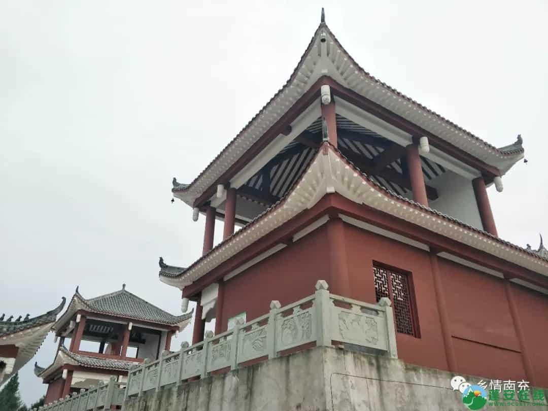 蓬安县正源镇红豆村首个悬空玻璃吊桥正式开放 - 第25张  | 蓬安在线