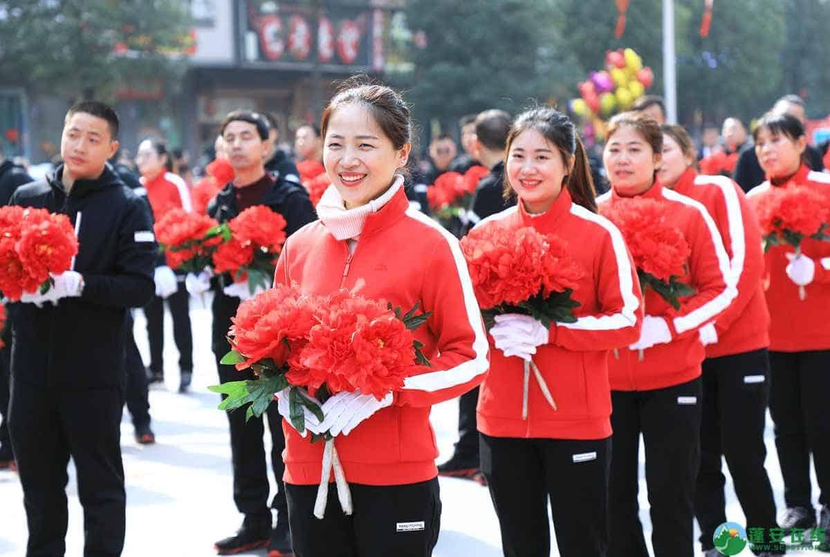 蓬安县2019年迎新春民间民俗街头文艺巡演精彩片段 - 第34张  | 蓬安在线