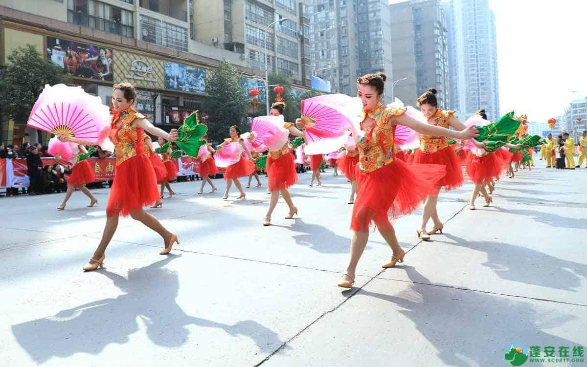 蓬安县2019年迎新春民间民俗街头文艺巡演精彩片段 - 第35张  | 蓬安在线