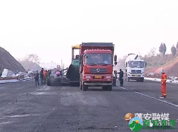 蓬安县锦屏镇凤凰大道西延线预计本月底前通车 - 第1张  | 蓬安在线